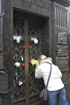 Eva_perons_mausoleum