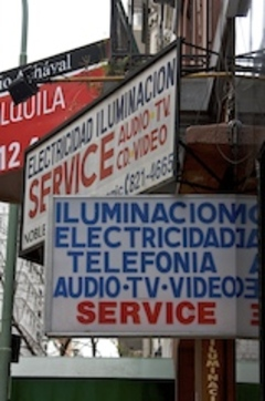Signs_in_buenos_aires